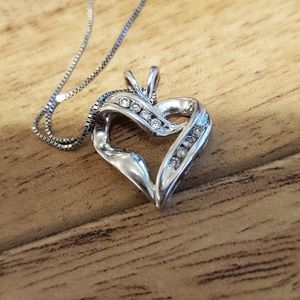 Kay jewelers heart pendant